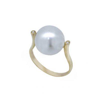 Sortija oro 18 Ktes con perla australiana y diamantes Jose Luis Joyero Malaga